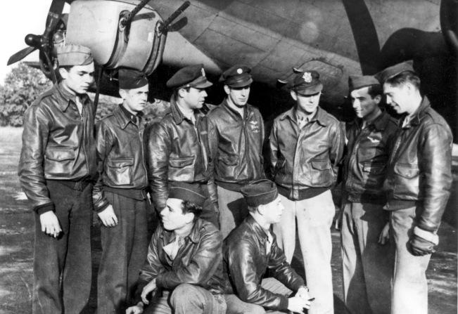 1943-10-c crew edited