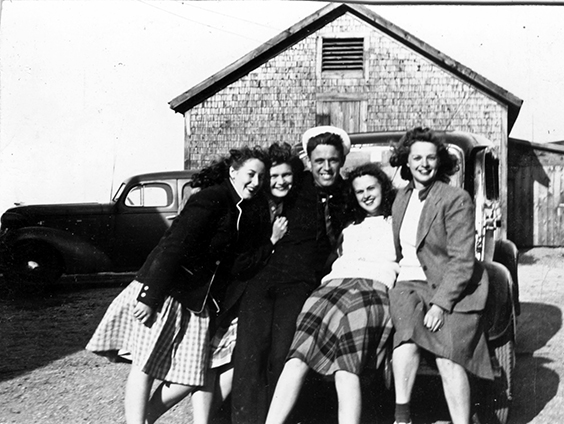 ON BACK: Bea, Jeannie, Mac, Ella, Evelyn - June 1944