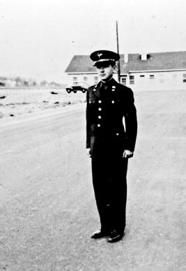 ON BACK: Gunter Field Ala - April 1942