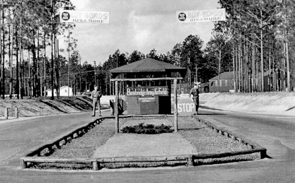 1943-bainbridge_army_airfield_-_main_gate