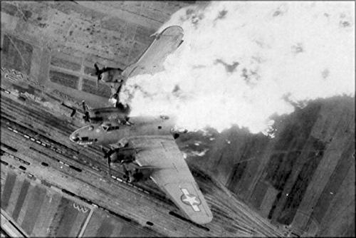 b-17-on-fire