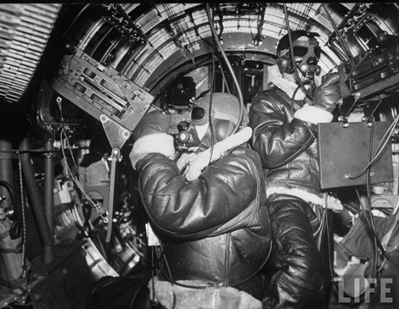 b-17-cold-weather-life-magazine